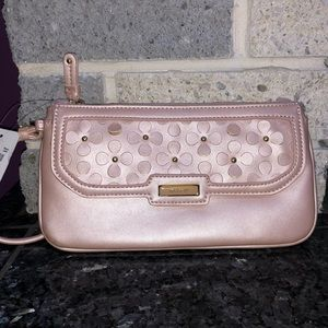 Nine West Table Treasures Wristlet in floral pink